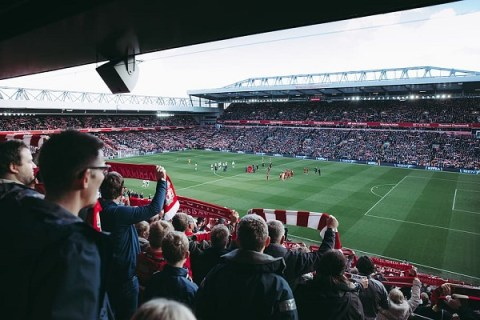 Ten of The Most Useful Apps for Football Fans