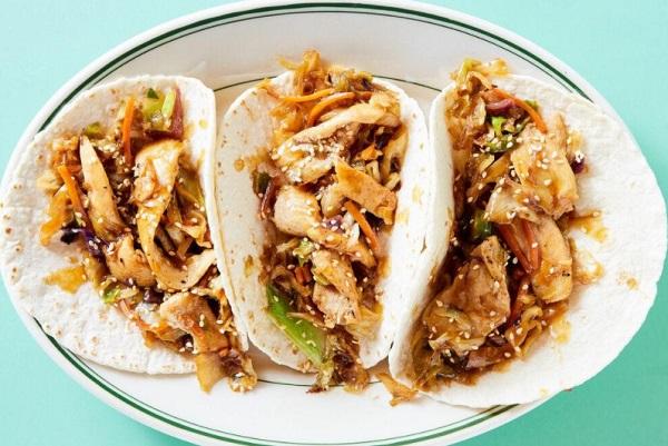 Chicken Moo Shu-Style Tacos