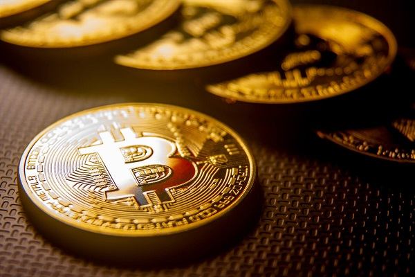Top 10 Reasons to Pick Bitcoin Over Fiat Currencies