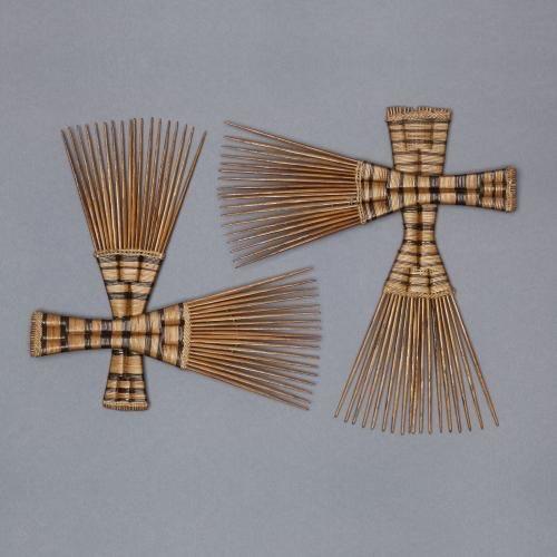 Four Combs. Photo Credit: Pinterest.
