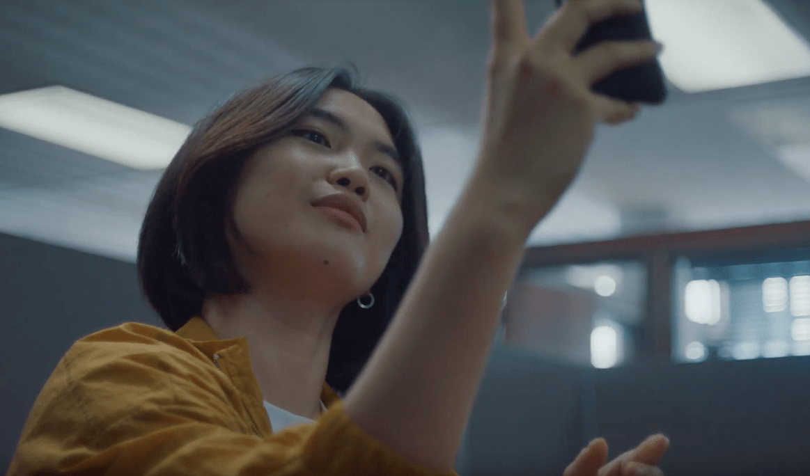 This Ad Promises To Take You A Smartphone Free World image of smartphone