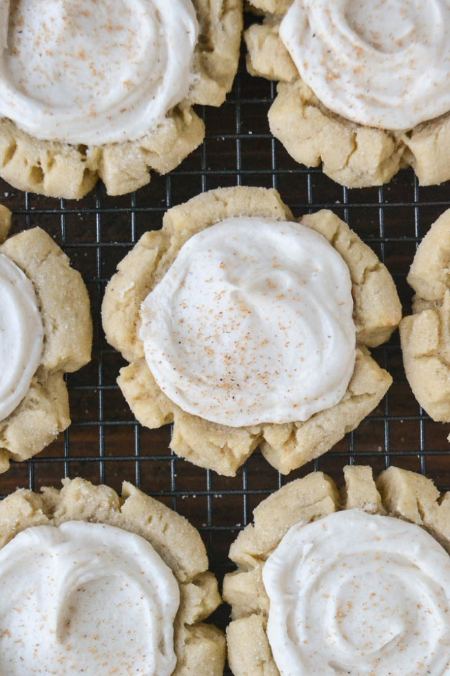 Dreamy sugar cookies with a holiday spice twist