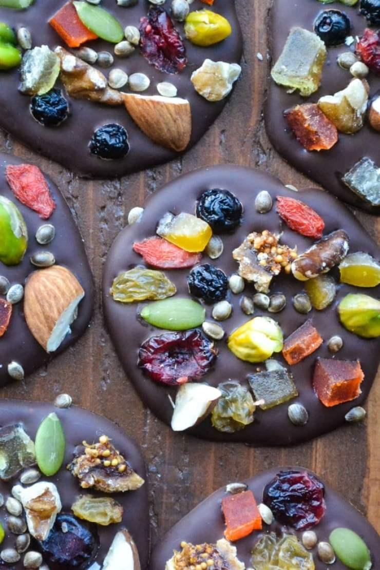 Heart healthy Dark Chocolate Detox Bites!