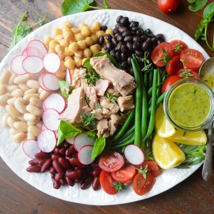 Mediterranean Tuna Salad with Tarragon Vinaigrette