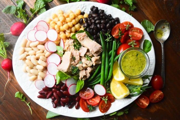 a gloriously healthy Meditarranean Tuna and bean salad