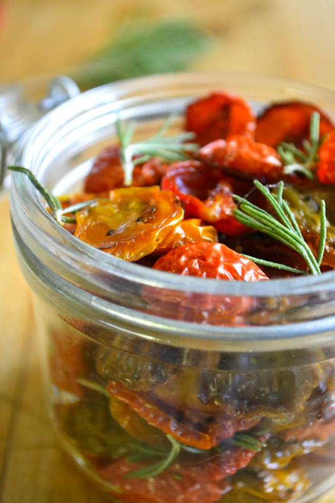 How to make dried cherry tomatoes