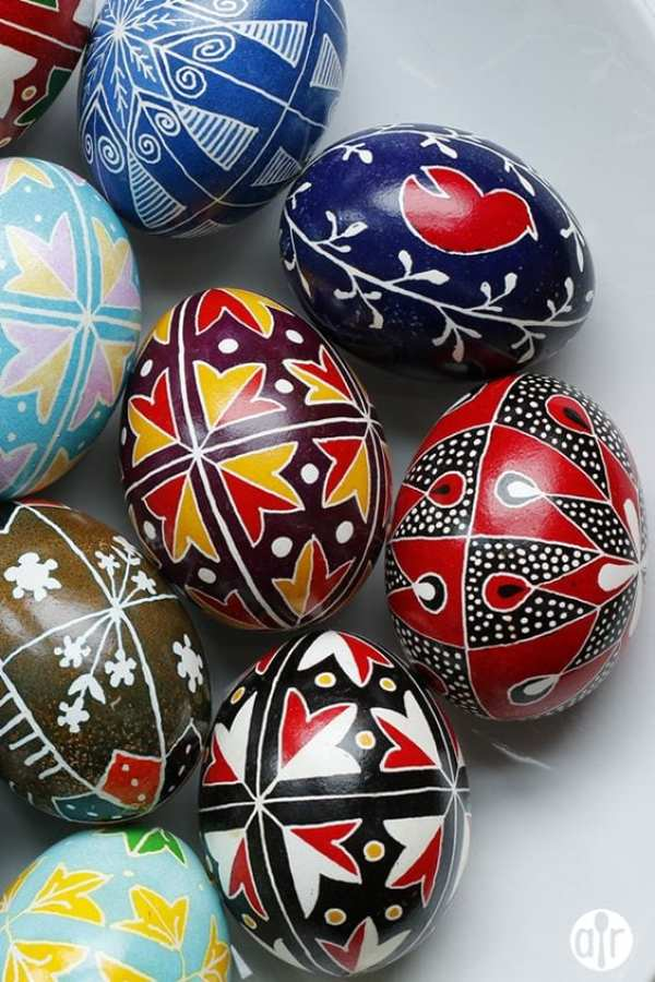 UKRAINIAN PYSANKY EGGS by Vanessa Greaves