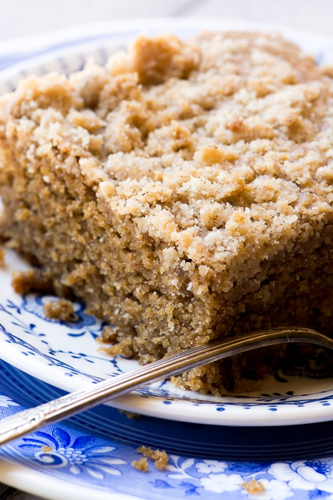 Gingerbread Crumb Cake is a moist coffee cake made with lots of fall spices and rich molasses | theviewfromgreatisland.com