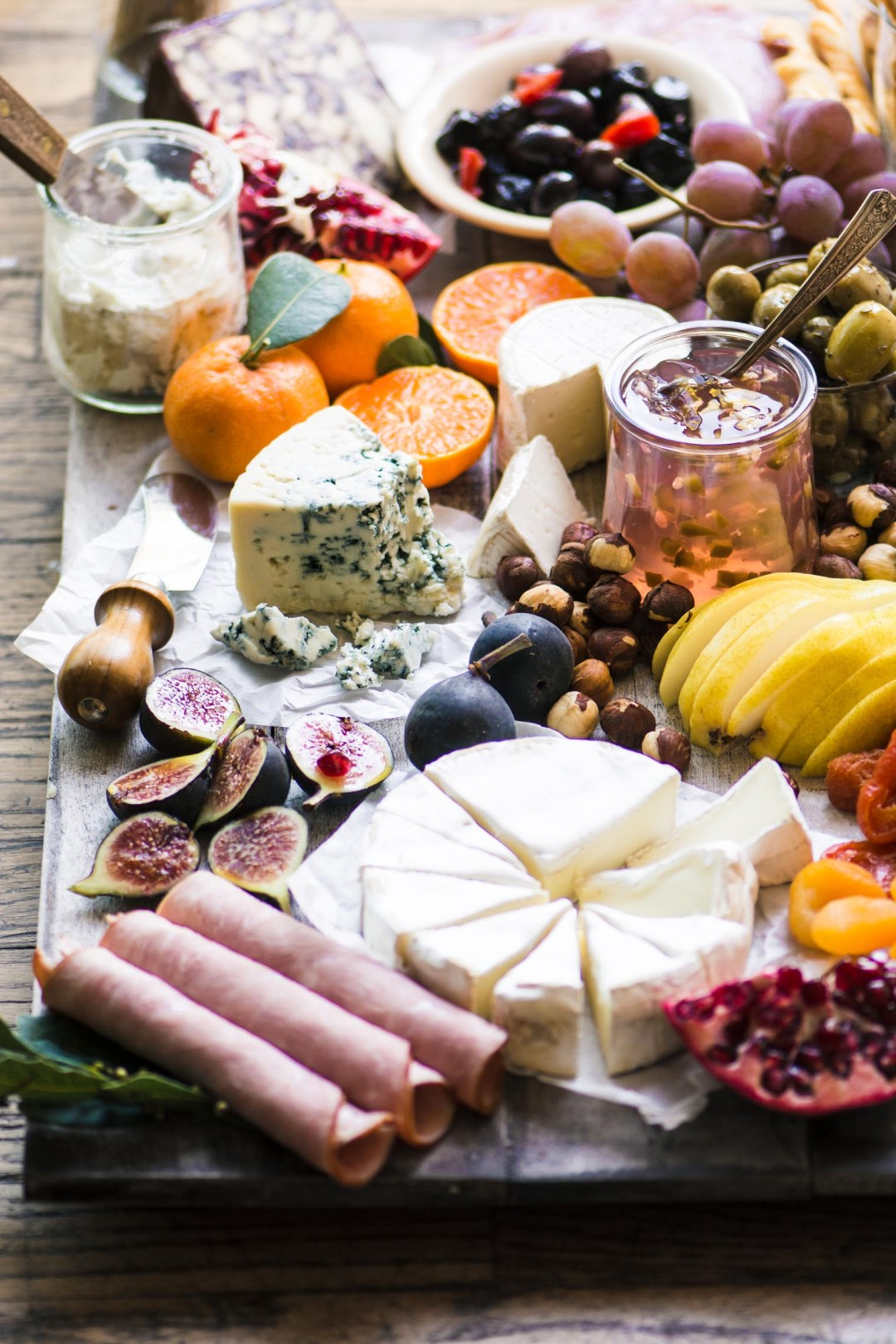 How to Make the Ultimate Cheeseboard!