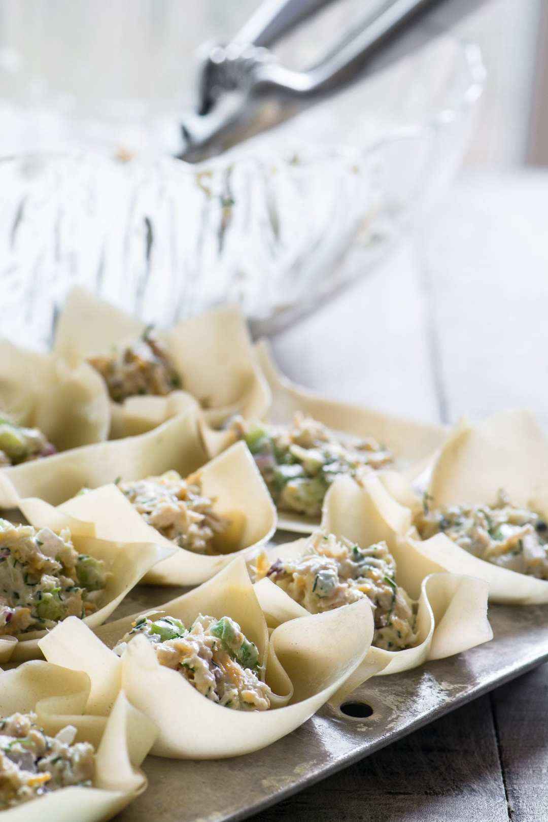 Spicy Tuna Wonton Cups, an easy hot appetizer for the holidays ~ image