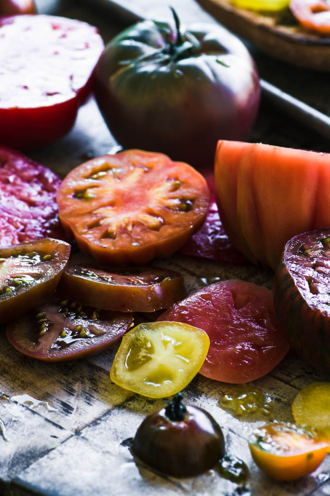 Sliced tomatoes for Tomato Toast