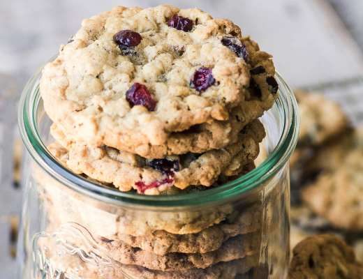 oatmeal cranberry cookies in a jar