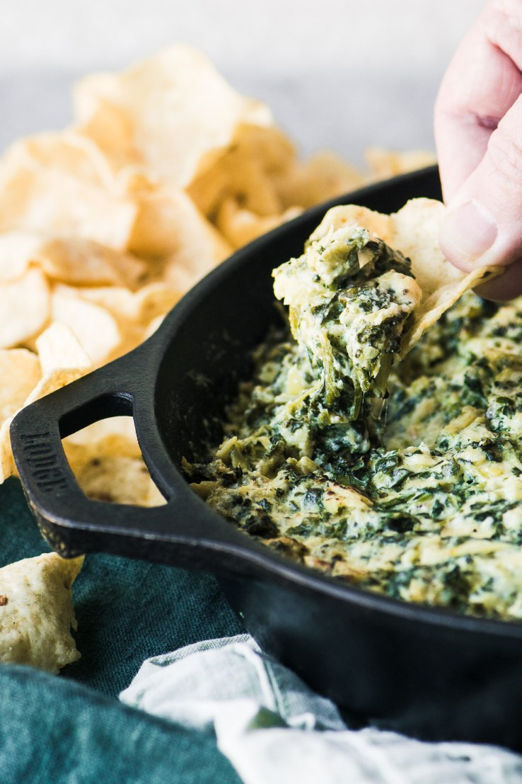 Smoked spinach artichoke dip with chips