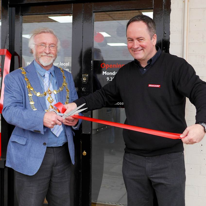 Kitchen Makeover Showroom Opens Dream Doors In Dunstable
