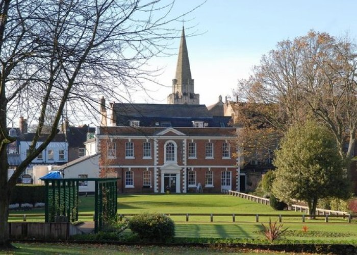 Priory House Is New Dunstable Wedding Venue