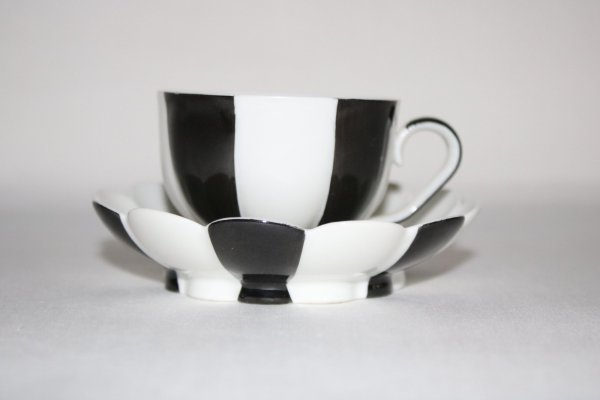 Augarten Melone Black and White - Fine porcelain from Austria