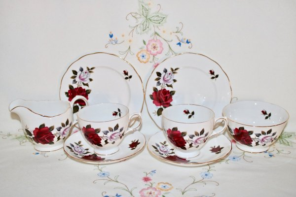 Colclough Tea for Two
