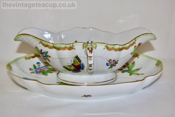 Herend Queen Victoria Sauce Boat with Oval Dish