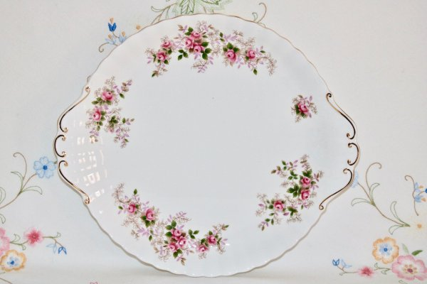 Royal Albert Lavender Rose cake plate