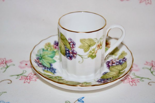 Royal Worcester Lavinia Duo