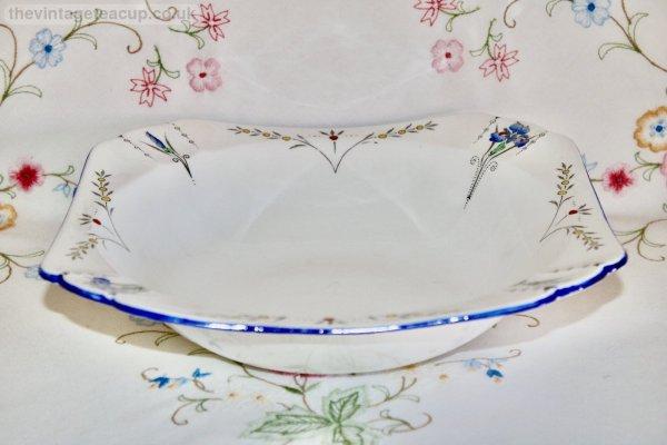 Shelley Blue Iris Muffin Basket
