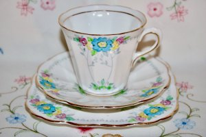 Tuscan China Trio Art Deco Tea set