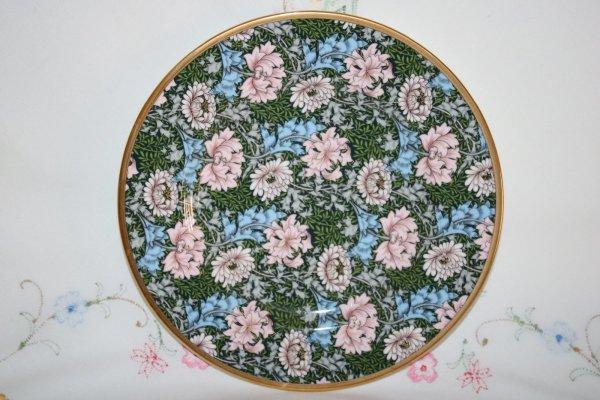 V&A Chrysanthemum