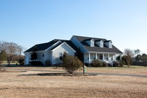 Secluded country retreat for sale in Chesapeake