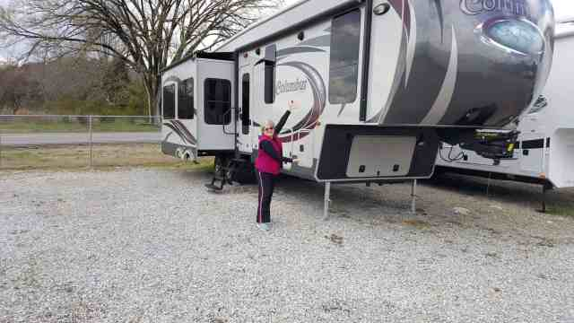 rvclear greg dane how to buy a truck for your rv