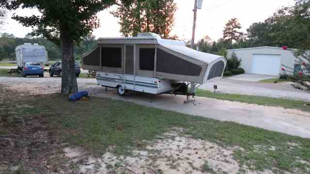 living in a pop up trailer rv