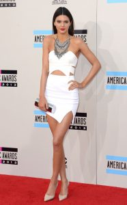 rs_634x1024-131124164140-634-kendall-jenner-ama-112413