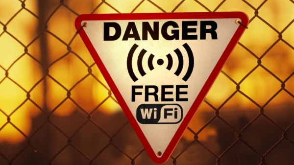 Dangers of Free Public WiFi Hotspot - How to Protect Privacy Online