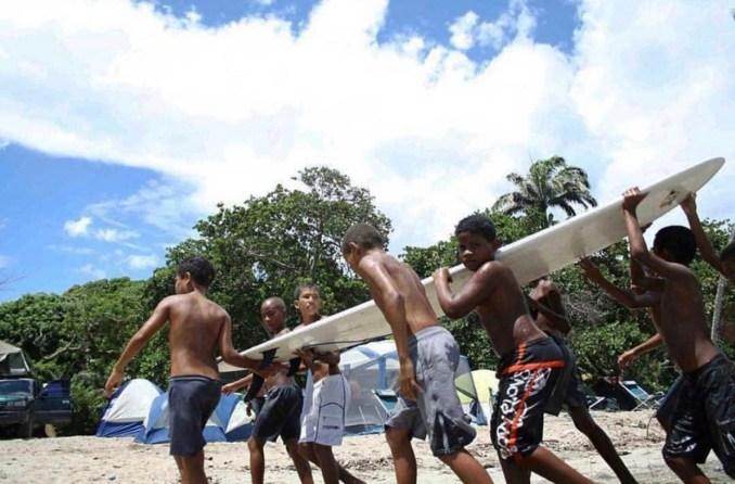 Six surfers. One board.