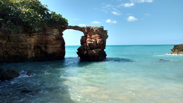 Puente Natural de Piedras en Cabo Rojo, Puerto Rico