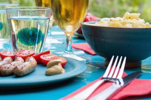 food-summer-party-dinner