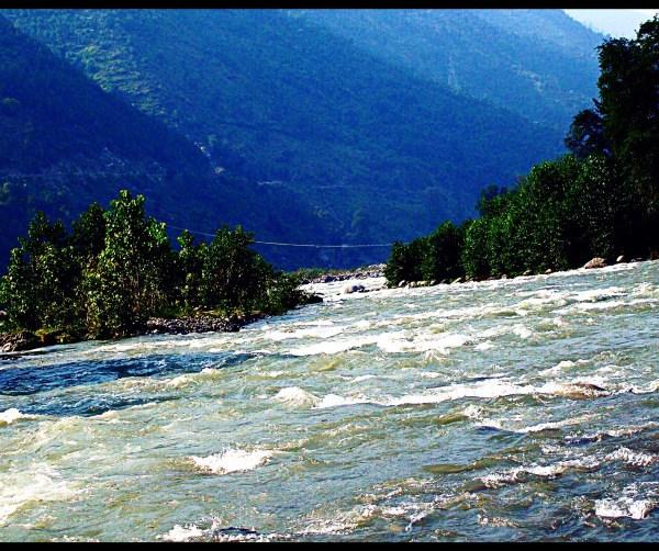 beas-river manali india
