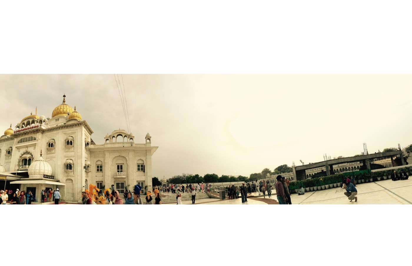 Panaromic view of the Gurudwara Bangla Sahib, Delhi, India || Places to see in Delhi, India || Things to do in Delhi, India || Travelling || Travel