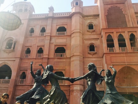 punjab folk dance sculpture | Places to visit in Amritsar | Amritsar sightseeing | Things to do in Amritsar | Amritsar Itinerary