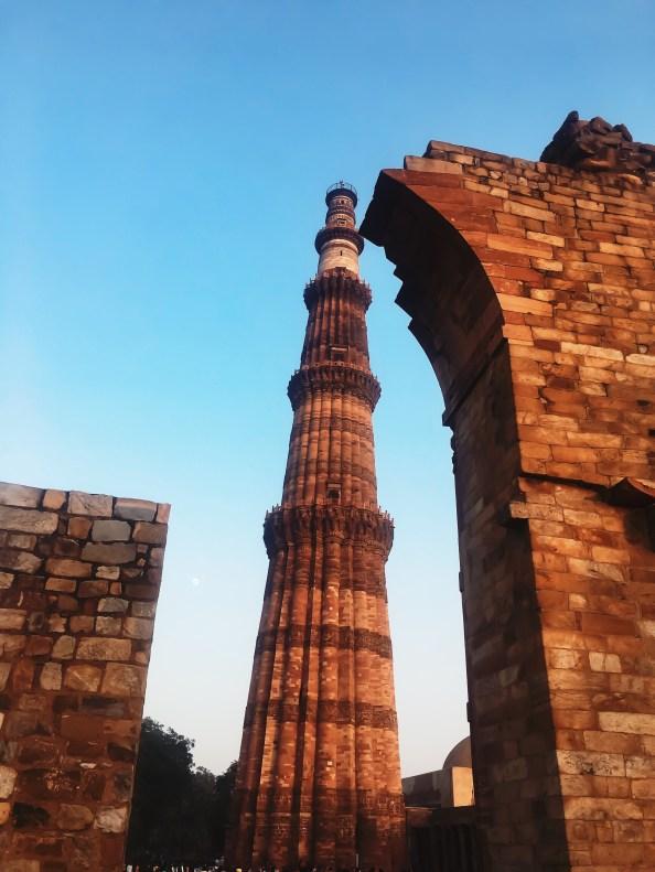 Unique angle of Qutub Minar Delhi India | Interesting Facts about Qutub Minar || The Wandering Core