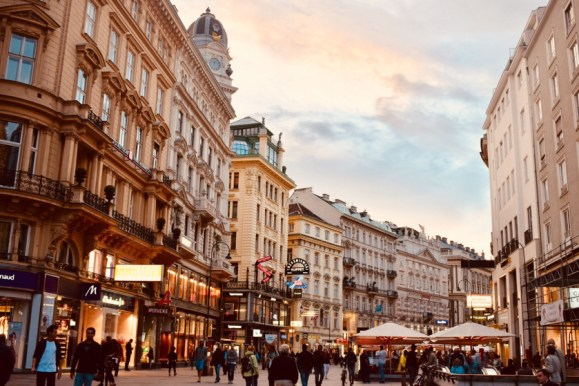Places to visit in Vienna in 2 days | city-center-vienna-austria