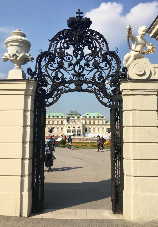 Belvedere-Palace-vienna-museum-entrance-gate