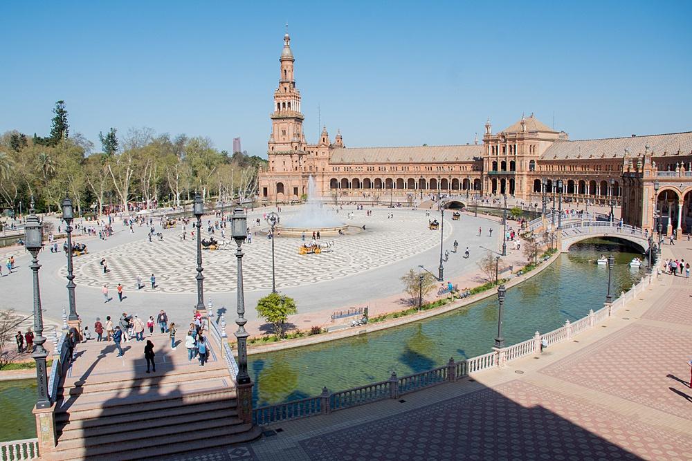seville_spain-plaza_de_espana