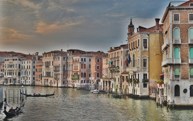 venice-grand-canal-italy | Places to visit before I die | places to visit before you die
