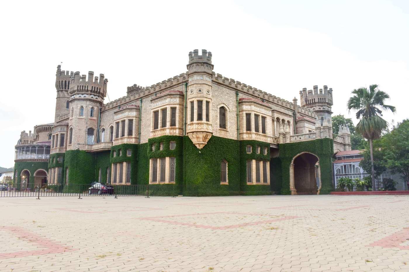 Bangalore Palace (1)