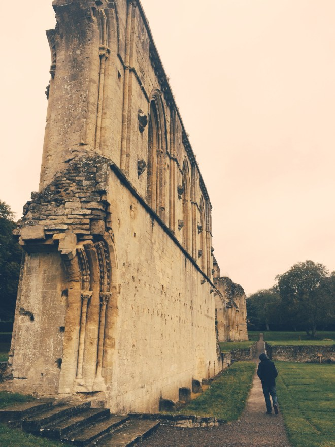 Glastonbury Abbey in pictures from The Wandering Darlings