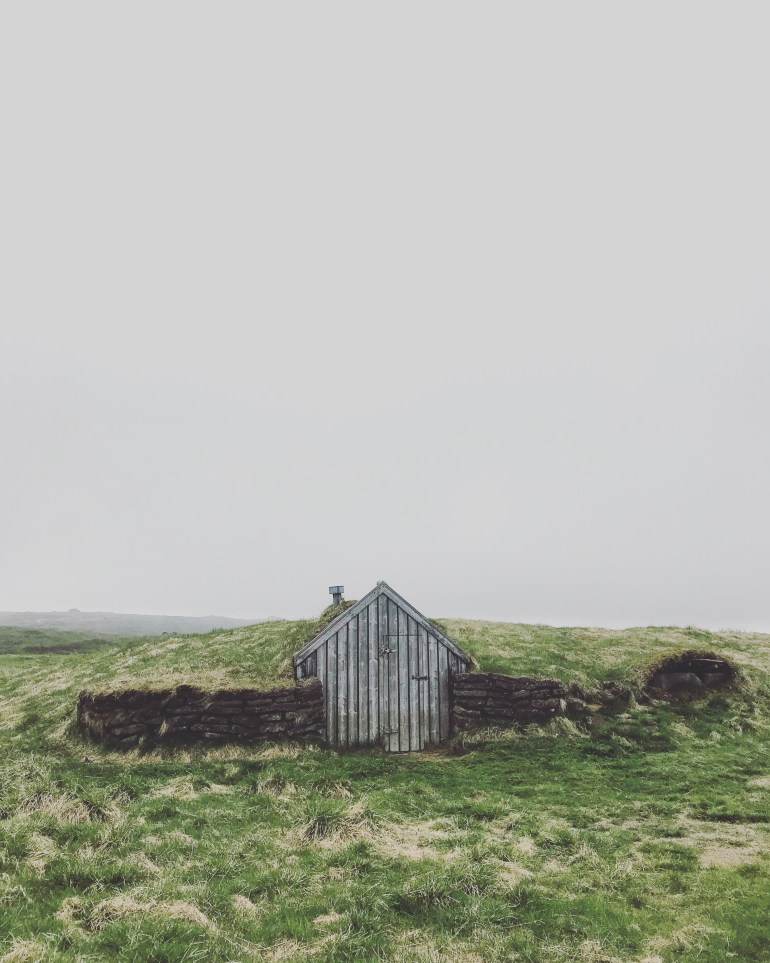 Grass Hut in Þingvellir National Park - 38 Photos to visit Iceland from the wandering darlings