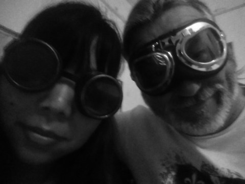 Lee and Ruth in goggles
