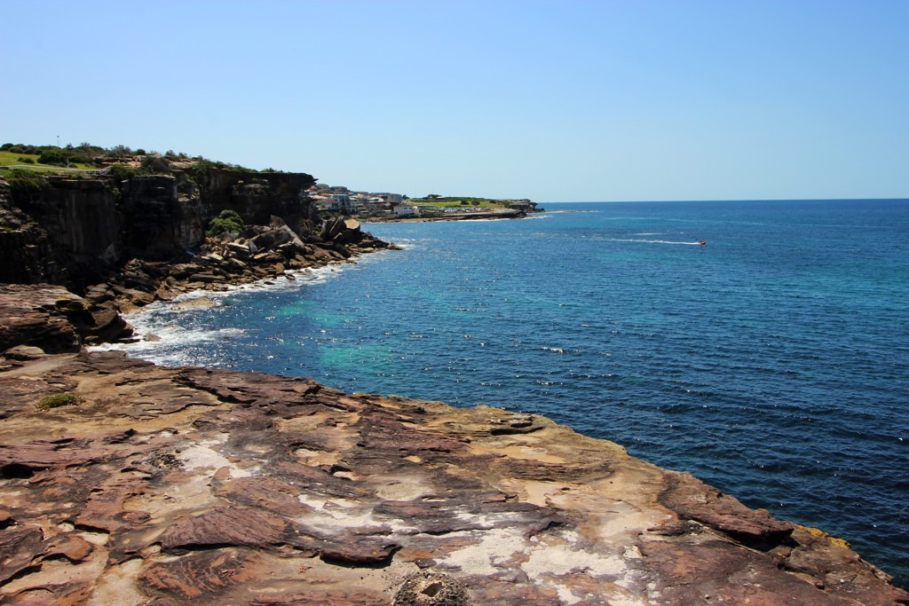 Bondi to Coogee rock view