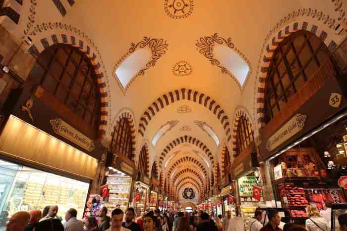 3 days in istanbul, spice market