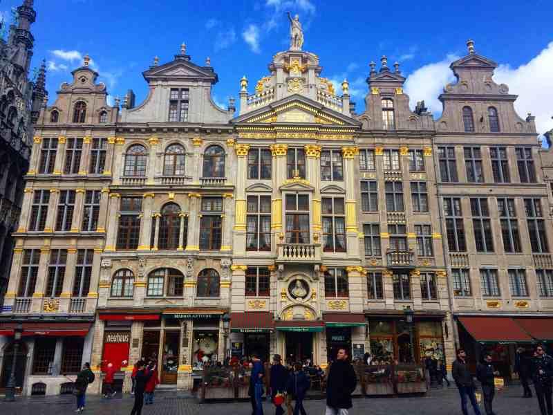 Buildings in Brussel's Grand Place | weekend in Belgium